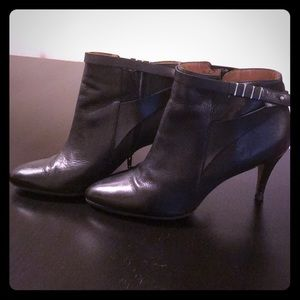 Hugo Boss leather ankle booties